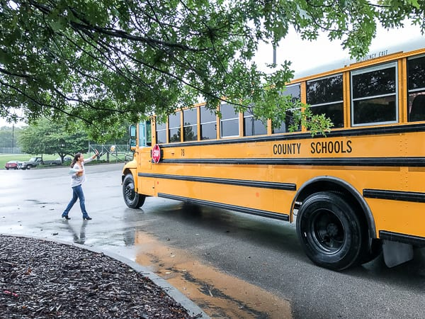 Movin' on Out – Bus Deliveries on a Rainy Friday