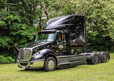 cumberland-international-c10-fuel-efficient-truck-nashville-tn-1