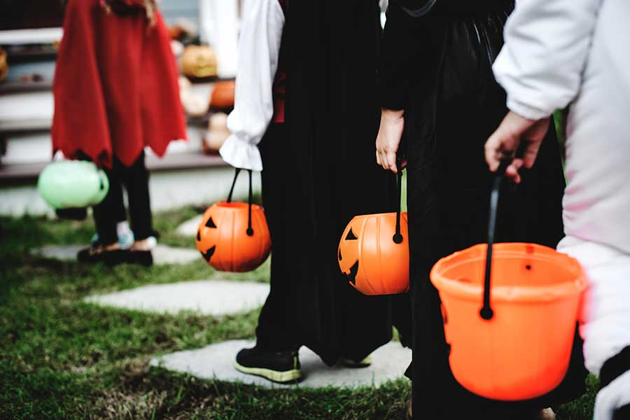 "Halloween Driving ""Tricks"" to Keep Everyone Safe"