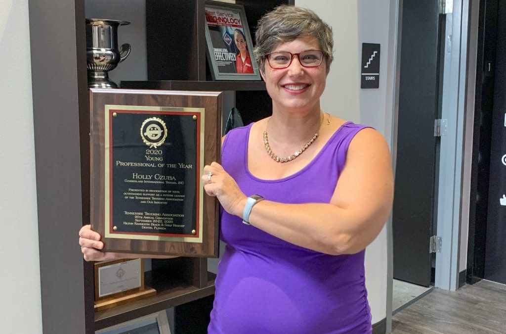 Tennessee Trucking Association Awards Cumberland Employee, Holly Czuba, Young Professional of the Year Award for 2020